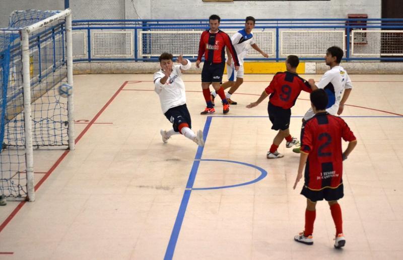 Real Team Matera, rete di Aruanno
