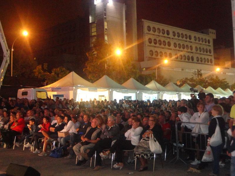 Spettatori a Matera è Fiera 2012