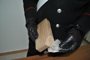 Arrestati 3 uomini di Irsina, trovati in possesso di mezzo chilogrammo di eroina