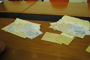 Banconote e proiettili rinvenuti dalla Polizia - conferenza stampa del 27 settembre 2012
