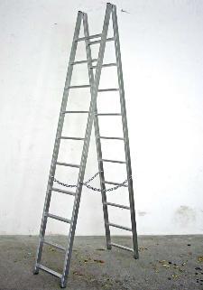Francesco Arena, 19,45 metri di metallo sotto forma di scala (la caduta di Pinelli), 2009, zinc planted - Matera