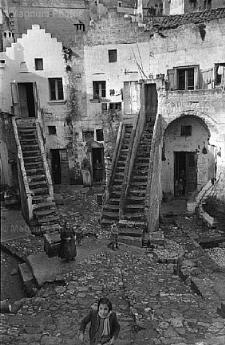 Henry Cartier Bresson - Il vicinato - Matera