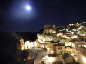 I Sassi di Matera al chiaro di luna