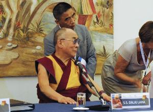Il Dalai Lama a Matera nella conferenza stampa a Palazzo Viceconte - 24 giugno 2012