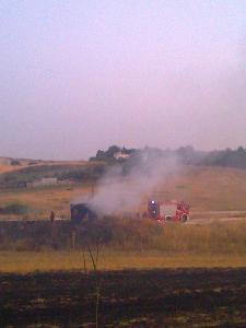 incendio via per Santeramo (Foto Martemix)