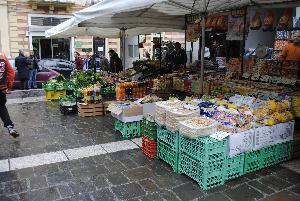 Mercato della Frutta in via Ascanio Persio - Matera (foto SassiLand) - Matera