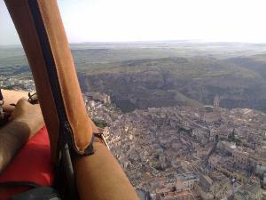 Voli in mongolfiera su Matera - La Cattedrale