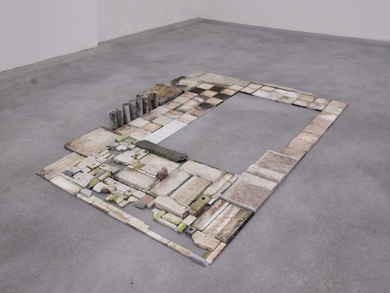 Chiara Camoni. Senza titolo. Mosaico in marmo 2012