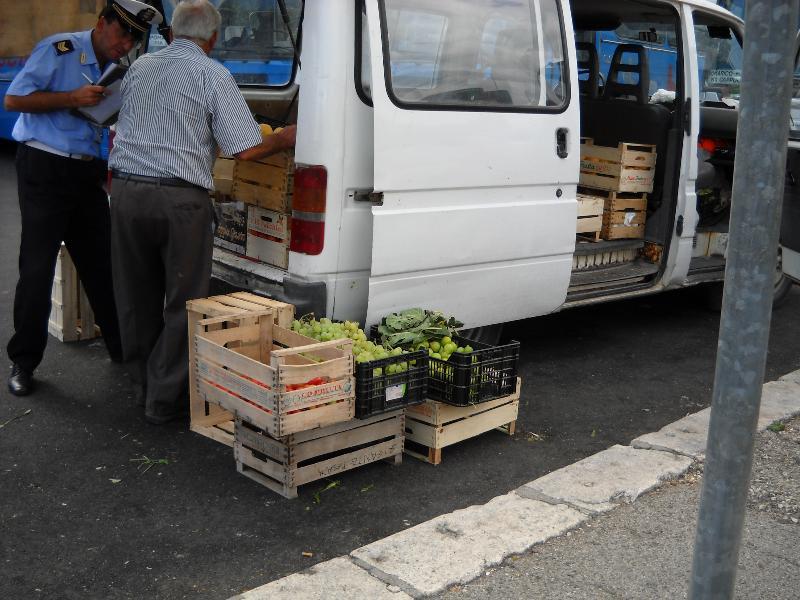 Commercio ambulante abusivo a Matera