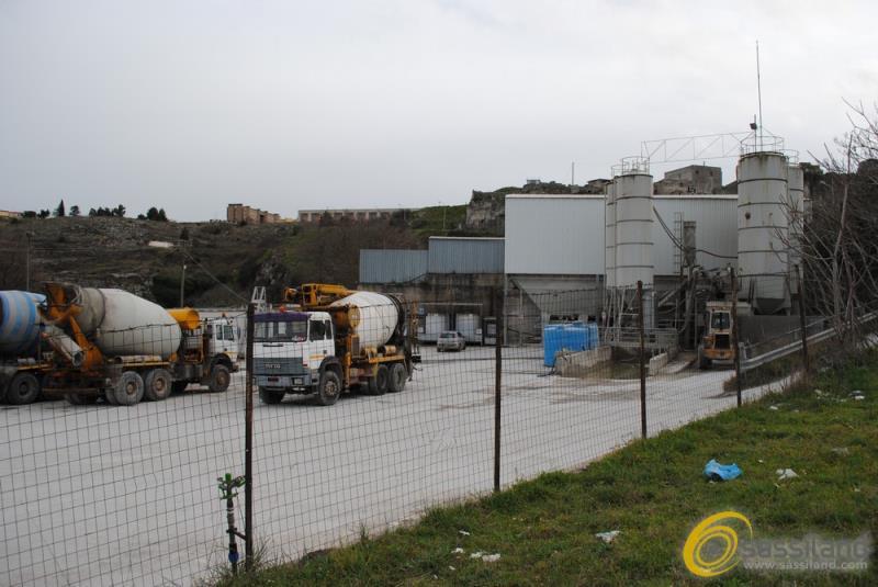 Impianto Italcementi in via San Vito a Matera (foto SassiLand)
