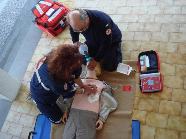 Simulazione utilizzo defibrillatore