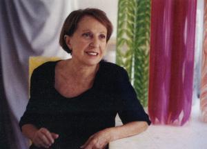 1.Carla Accardi con Rotoli nel suo studio in via del Babuino a Roma, 1999 - Matera