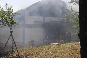 Incedio alla ex centrale del latte - 5 luglio 2013 (foto SassiLand)
