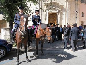 Pattuglia della Polizia a cavallo durante la celebrazione di San Michele Arcangelo 2012 a San Francesco da Paola - Matera