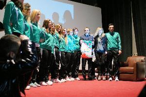 PVF regala la maglia a Prandelli (Foto: Giuseppe Cerabona)