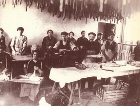 Antica lavorazione salumi tricaricesi