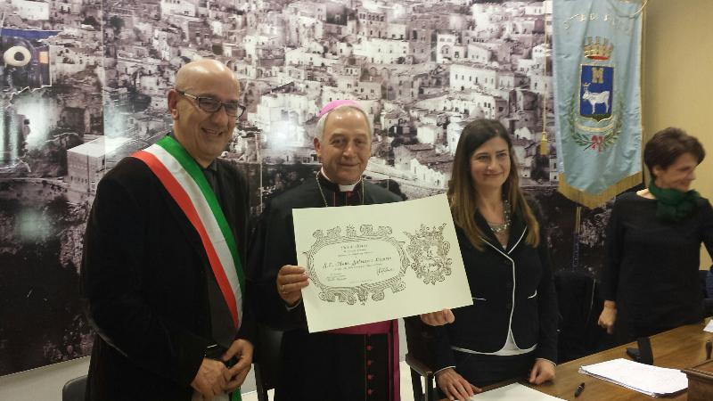 cittadinanza onoraria a Mons. Salvatore Ligorio