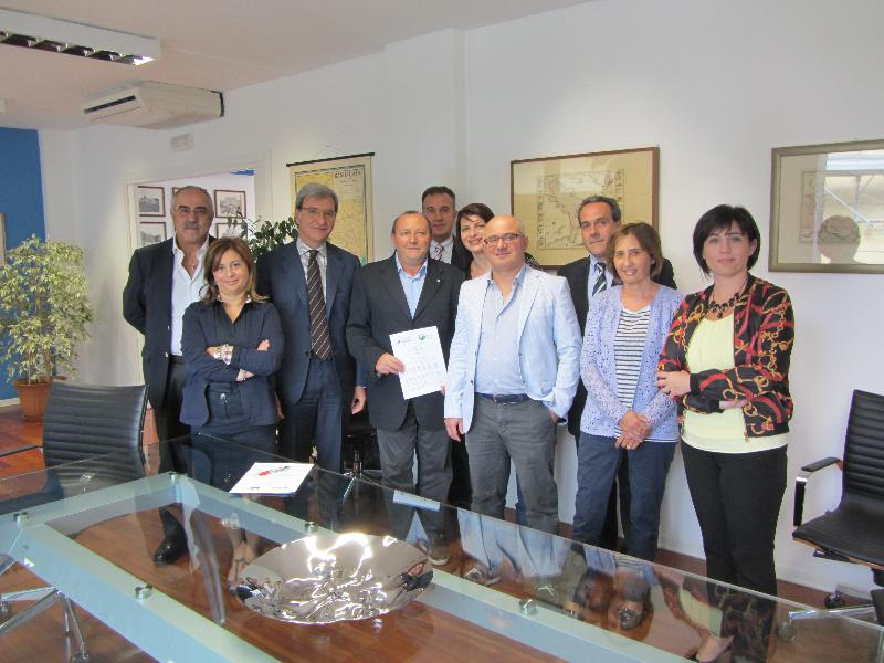 Firma del protocollo d´intesa tra Equitalia Sud e Adiconsum Basilicata