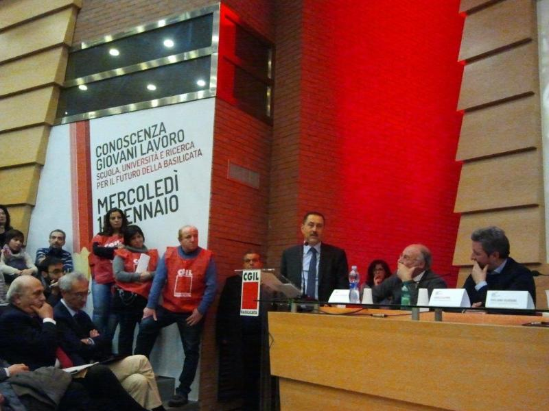 Marcello Pittella all´assemblea CGIL