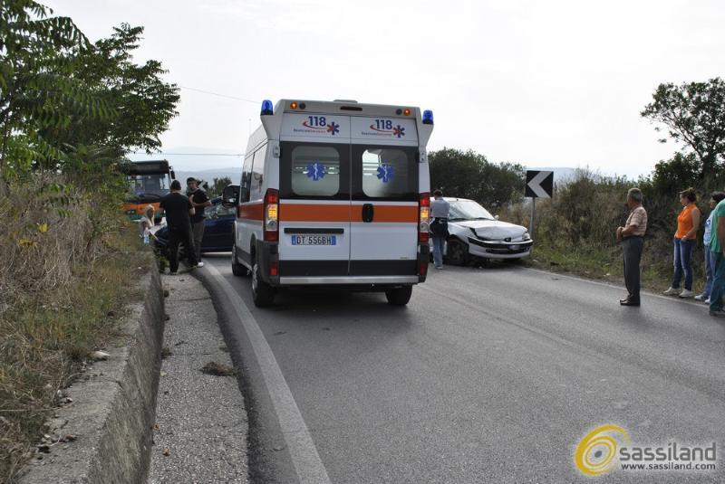 Immagine di repertorio. Matera: Incidente in via La Martella. Un ferito - 20 settembre 2014 (foto SassiLand)