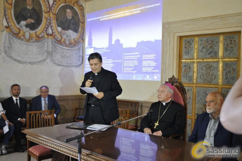Presentazione dei lavori nella Cattedrale di Matera (foto SassiLand)