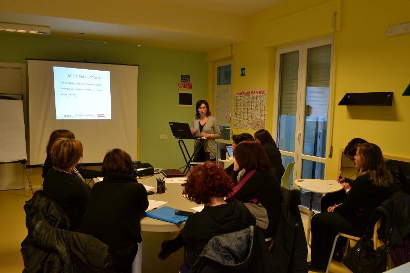 Uno dei seminari di Imparola - relatore Mariangela Bruno