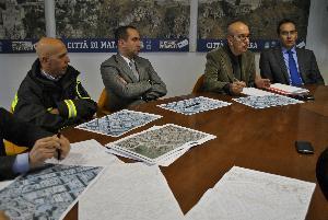 Conferenza stampa al Comune di Matera per la tragedia del crollo in vico Piave (foto SassiLand)