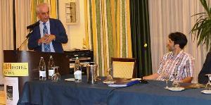 """Franco Stella - Timoteo Papapietro 24 giugno2014 - presentazione libro edizioni Magister  """"Quando il buio non ci spaventa"""""""
