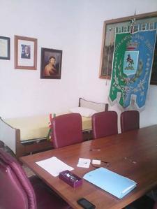 La stanza del sindaco di Montalbano Jonico Devincenzis con letto