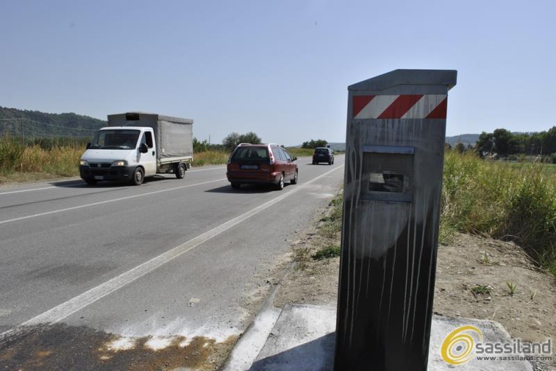 Autovelox sulla Matera-Metaponto nel territorio del Comune di Montescaglioso (foto SassiLand)