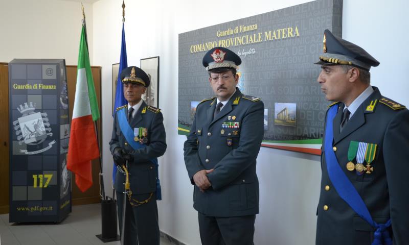 Cerimonia di avvicendamento nella carica di Comandante Provinciale tra il Colonnello Pantaleo Cozzoli  ed il Colonnello Teodosio Marmo