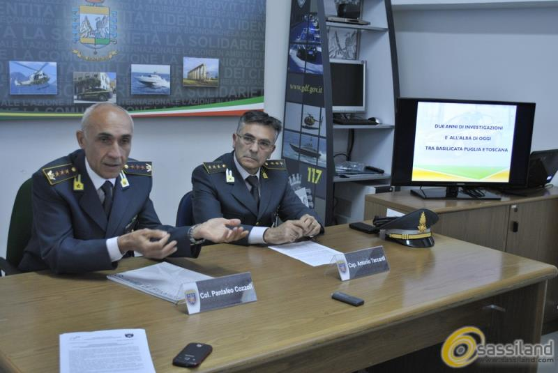 Conferenza stampa operazione antidroga della Guardia di Finanza di Matera