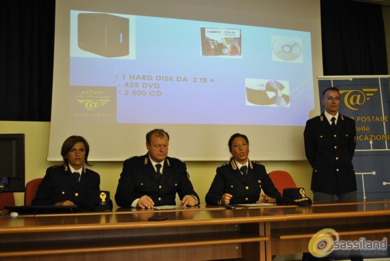 Conferenza stampa Polizia Postale Matera su denunce per violazione diritti d´autore (foto SassiLand)