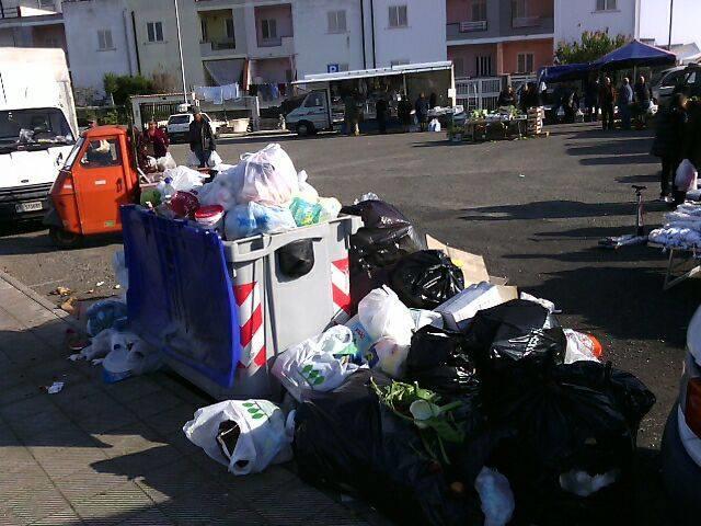 Emergenza rifiuti a Scanzano Jonico