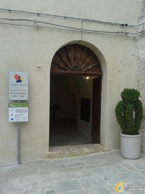 Ingresso museo Palazzo Arcieri-Bitonti a San Mauro Forte (foto Antonio Grasso)