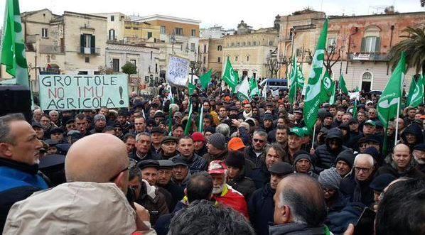 Manifestazione di protesta contro l´IMU Agricola (Foto Katya Madio)