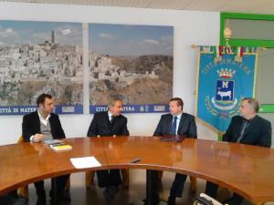 De Ruggieri e la delegazione da sinistra Shalsi, Sinaj e Dudaj - Matera