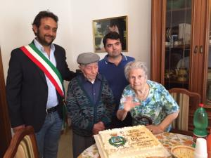 Policoro: Nonno Giuseppe compie 101 anni - Matera