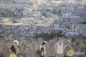 Turisti a Matera sul Parco Murgia - Matera