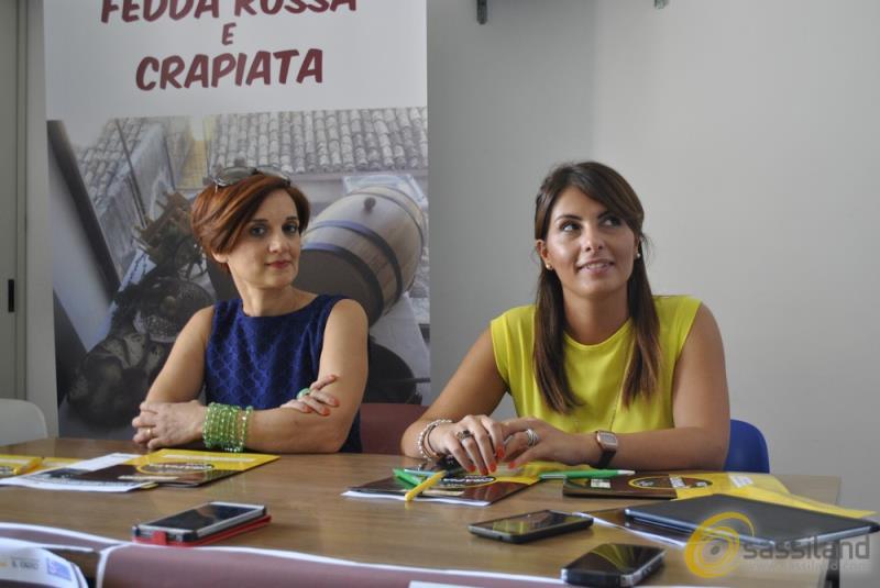 Antonella Prete e Flores Montemurro - presentazione Sagre della Crapiata e delle Fedda Rossa a La Martella - 29 luglio 2016 (foto SassiLand)