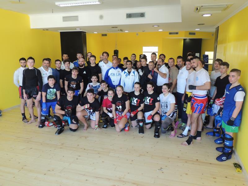 Collegiali di Kickboxing a Napoli