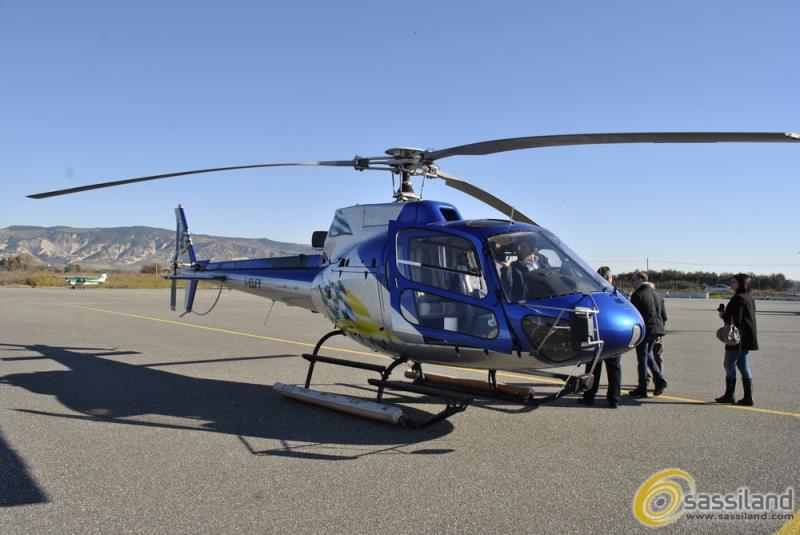 Elicottero AS350 alla Pista Mattei (foto SassiLand)