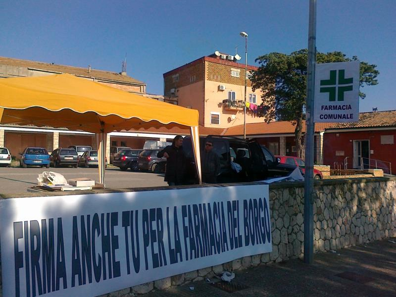 Raccolta firme per la farmacia del Borgo La Martella
