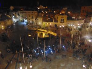 Flash mob in piazza Vittorio Veneto di Genitori H24 - 11 giugno 2016