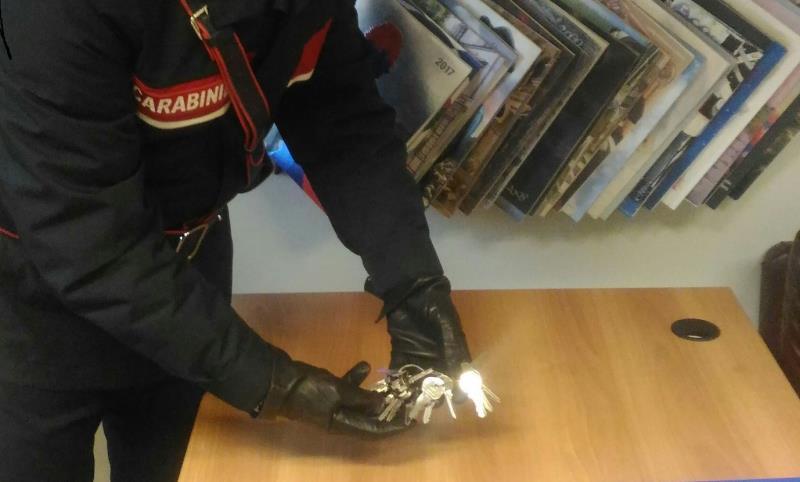 Chiavi alterate rinvenute dai Carabinieri