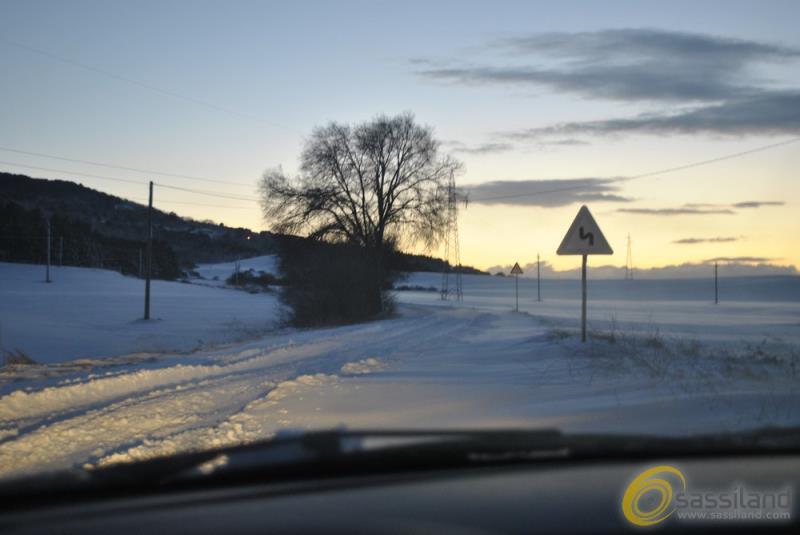 Neve all´incrocio Timmari-Picciano - 6 gennaio 2017 (foto SassiLand)