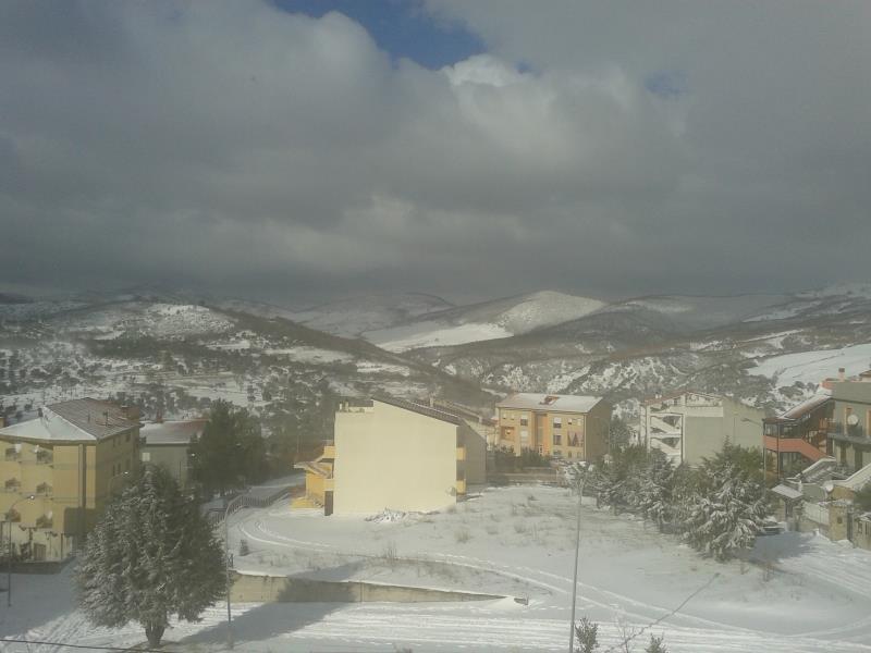 San Mauro Forte sotto la neve (foto Antonio Grasso)