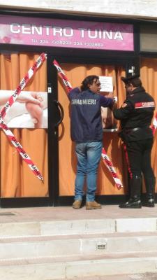 Sequestro del centro massaggi cinese da parte dei Carabinieri