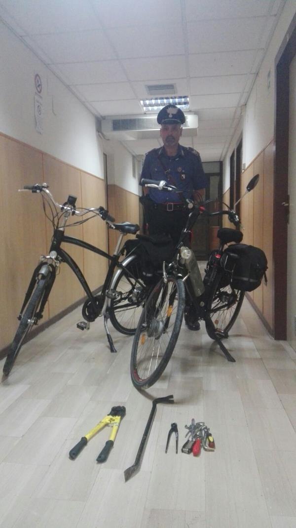 Biciclette elettriche rubate a Matera - 15 giugno 2018