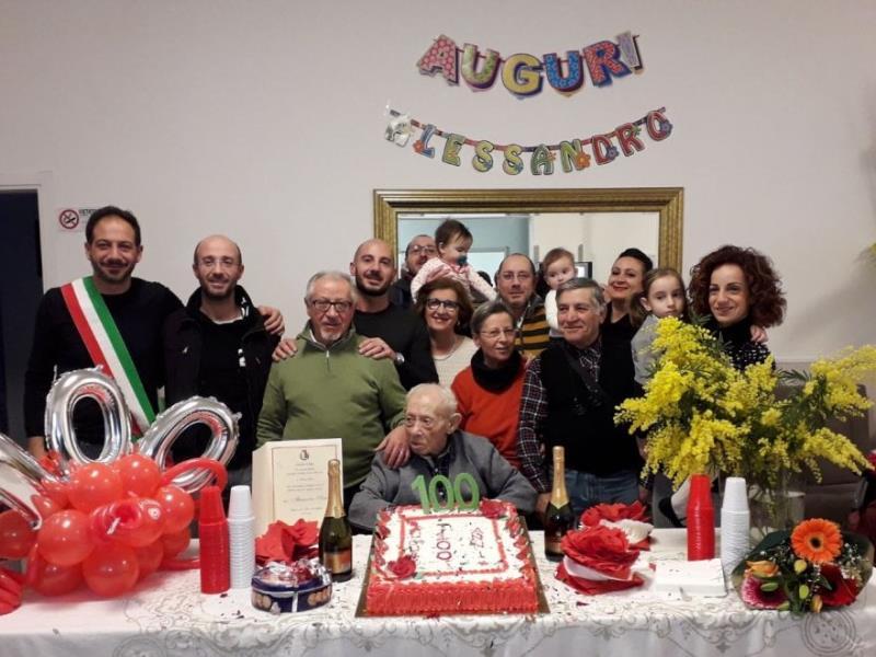 Nonno Alessandro e i suoi 100   anni